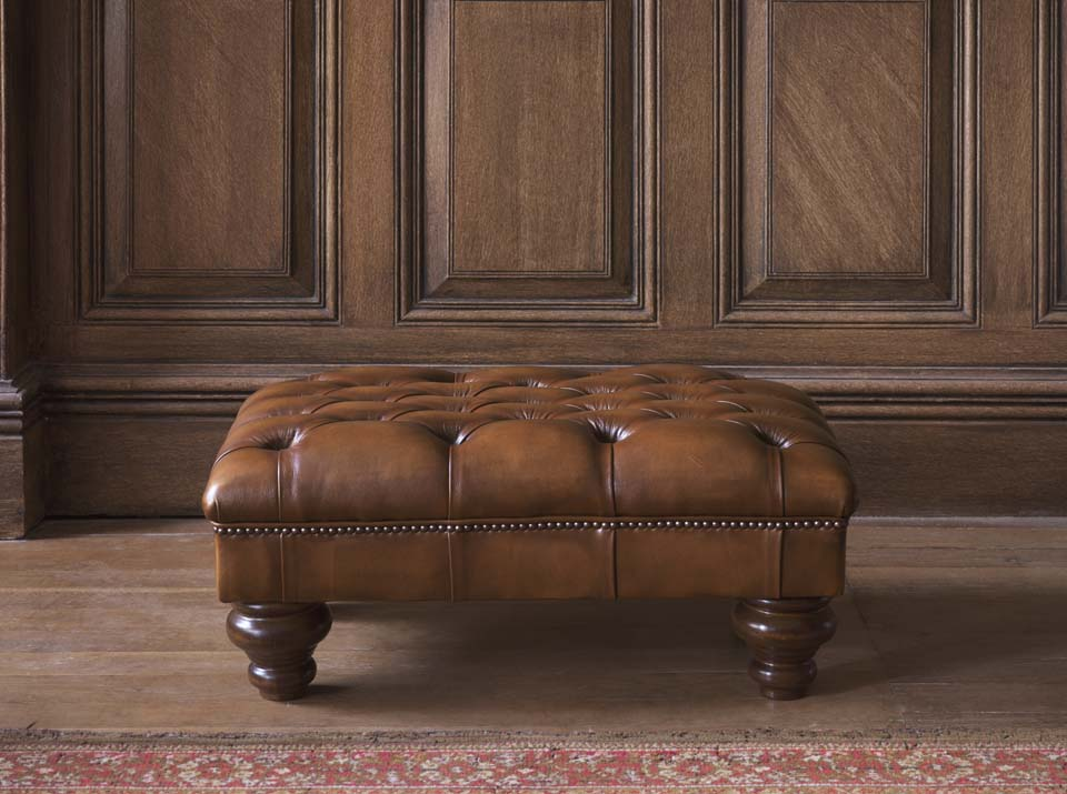 cromwell chesterfield leather foostool