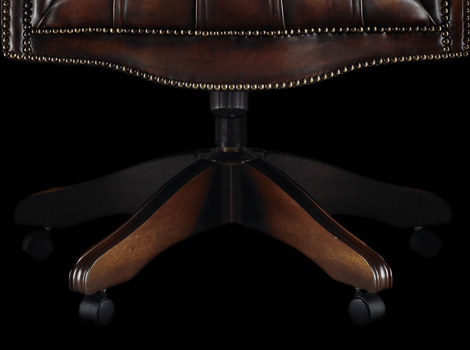 Earl chesterfield chair legs