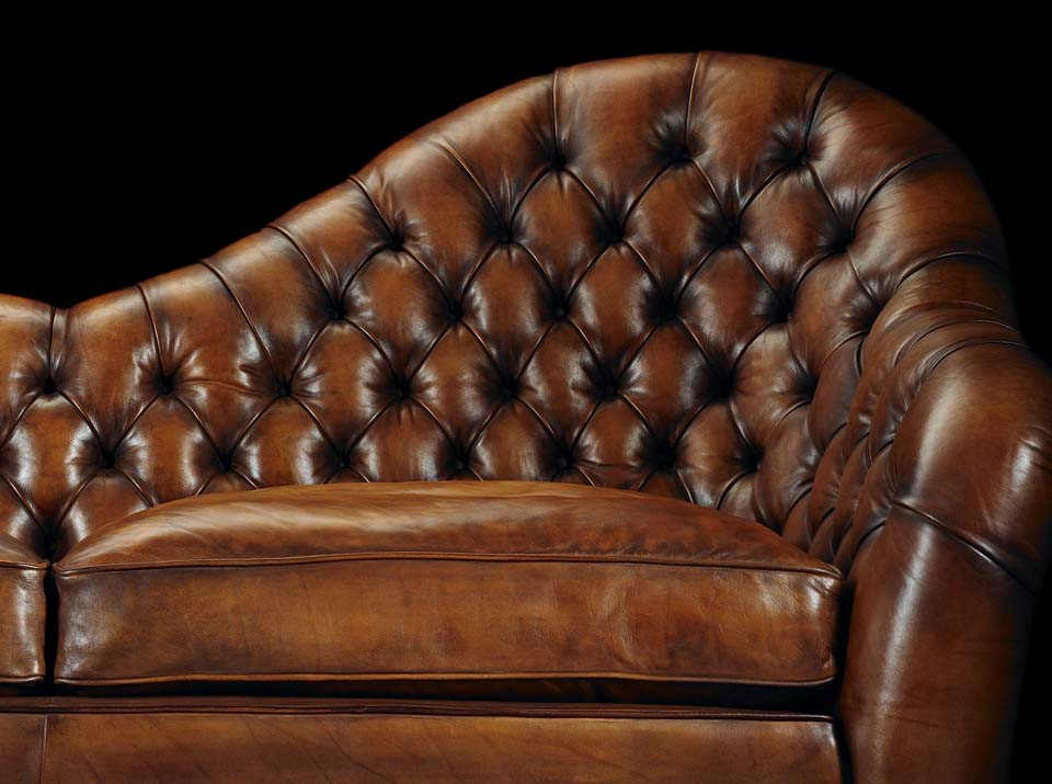 Francis Bacon chesterfield sofa arm