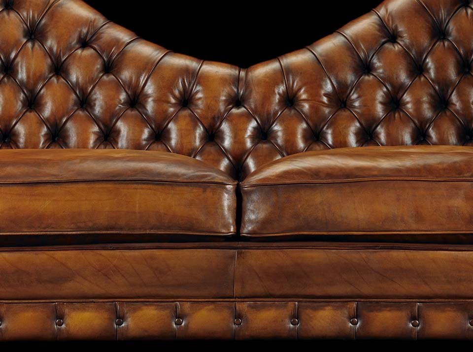 Francis Bacon chesterfield sofa body