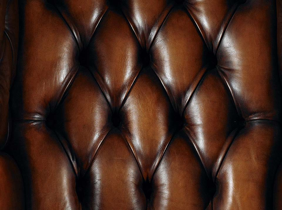 heirloom porters chesterfield chair body