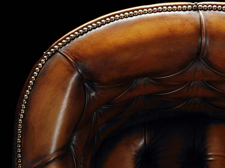 heirloom porters chesterfield chair