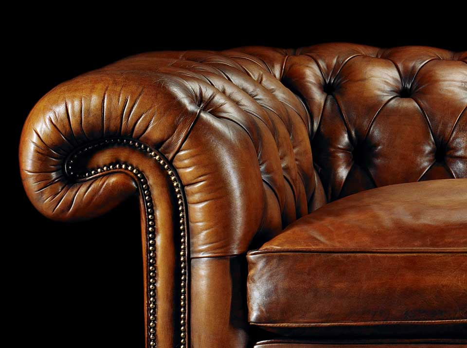heirloom samuel johnson chesterfield sofa