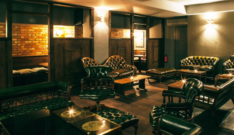 basement of chesterfield sofas and chairs